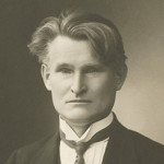 Ar pasikeitė valdininkija per 100 metų?