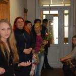 Pirmoji gabios merginos paroda – ant Vaikų teisių apsaugos skyriaus sienų