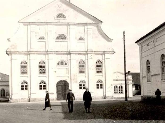 zydu-sinagogos-kompleksas-kauno-gatveje