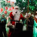 Marijampolėje suspindo miesto Kalėdų eglė