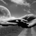 Vienos poros istorija: kai likimas prabyla ir sapno pavidalu, arba Tikroji meilė nebijo laiko išbandymų