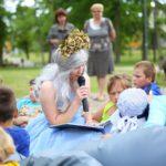 Į Vytauto Didžiojo parką sugrįžta garsiniai pasakų skaitymai!
