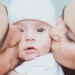 Mamadieniai ir tėvadieniai priklauso abiems tėvams