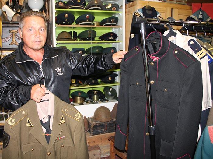 Gintaras Leonas: uniformų kolekcionavimas atspindi paties kolekcionuotojo gyvenimo būdą