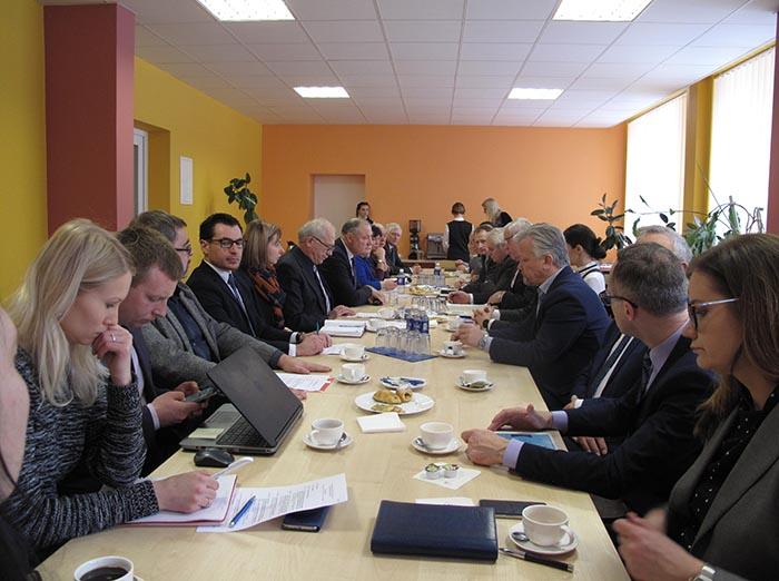 Marijampolės regiono plėtros taryba su Vidaus reikalų viceministru aptarė regioninės politikos perspektyvas ir teikė siūlymus dėl ateities gairių