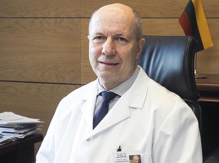 Sėkmingai gydomas prostatos vėžys: bereikalingos biopsijos, lūžtantys kaulai ir vienintelis nuosprendis – jau praeityje