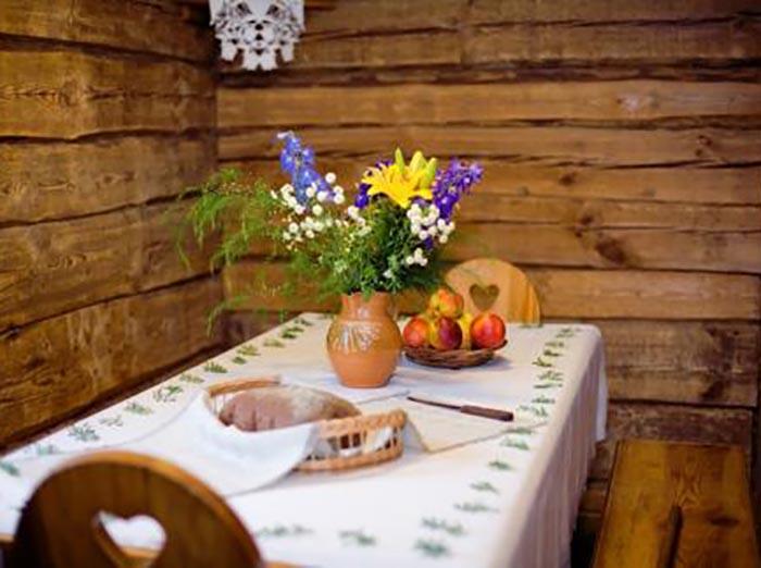Senieji vestuvių papročiai iš Onos Griniūtės-Bacevičienės prisiminimų
