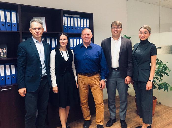 Marijampolės vaikų gynėjai diskusijai pasikvietė savivaldos atstovus