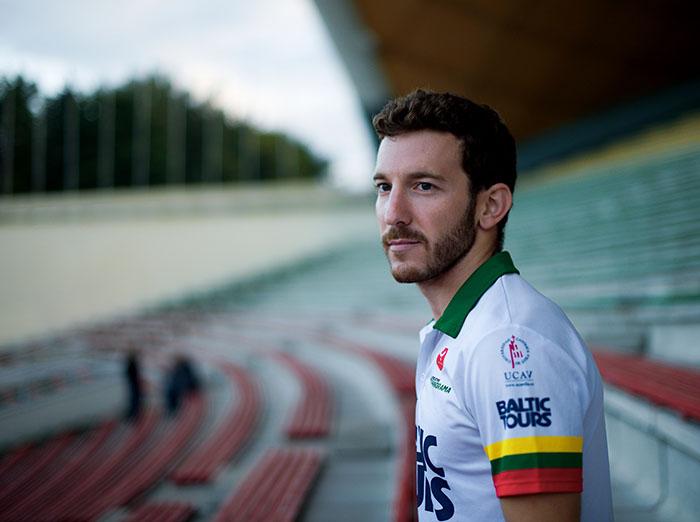 Meilės emigrantas profesionalus triatlonininkas A. Casillas Garcia svajoja apie Lietuvos pilietybę ir olimpinį startą