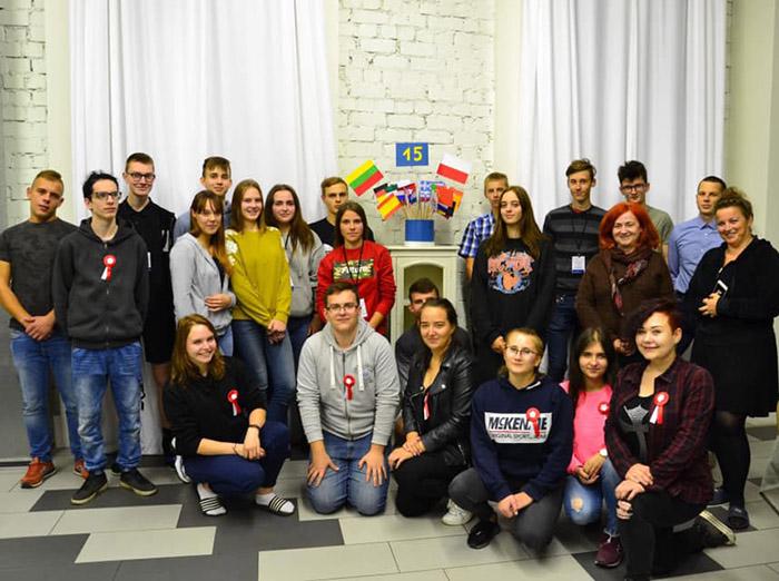 """Europinį identitetą Lietuvos ir Lenkijos jaunimas sustiprino projekte """"Tu, aš ir ES"""""""