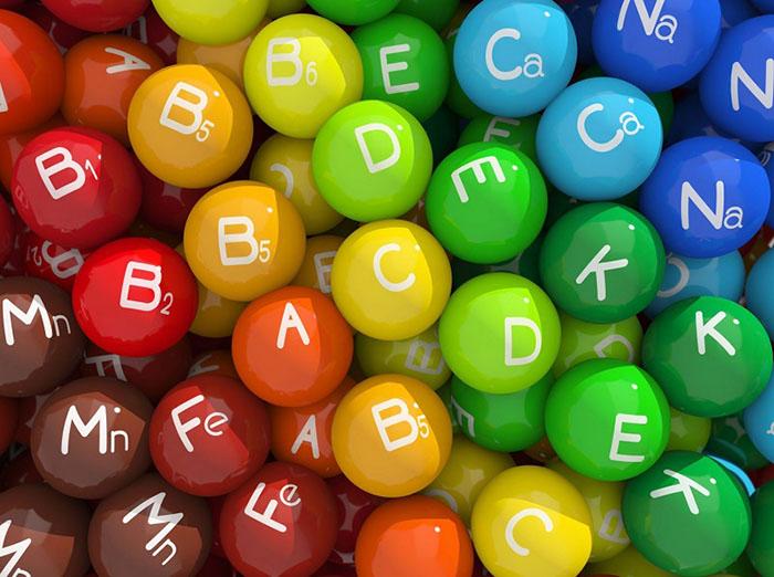 Viskas apie vitaminus ir mineralus: kodėl per didelės dozės gali būti žalingos