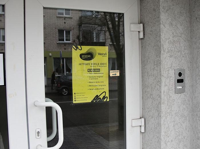 """Kai verslo erdvės """"Spiečius"""" atstovai siūlo viską išsiaiškinti su Marijampolės savivaldybės mero pavaduotoju…"""