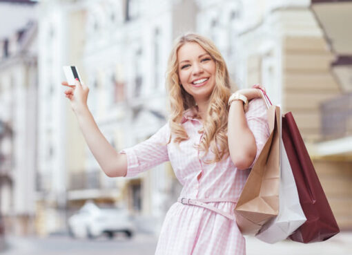 Kokius drabužius verta pirkti išpardavimų metu?