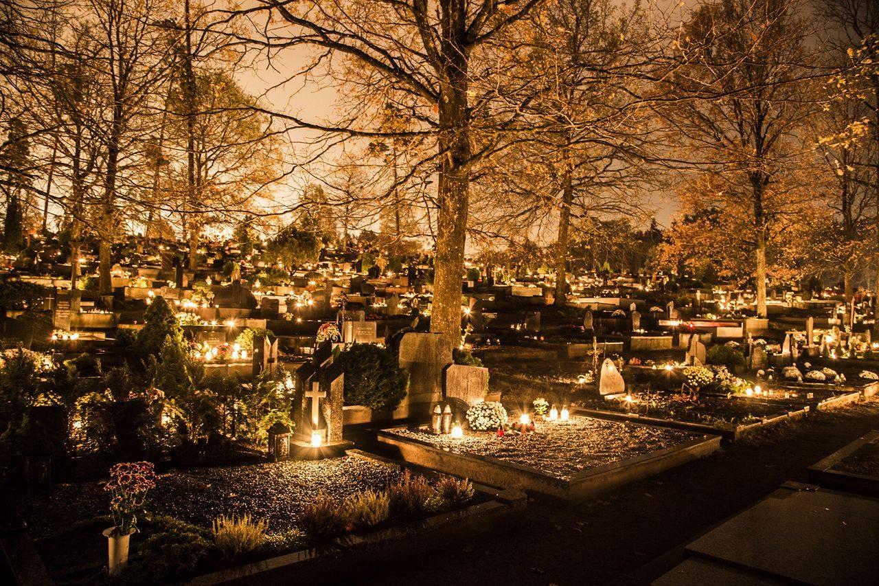 Vėlinės: menant amžinąjį ryšį tarp gyvųjų ir mirusiųjų