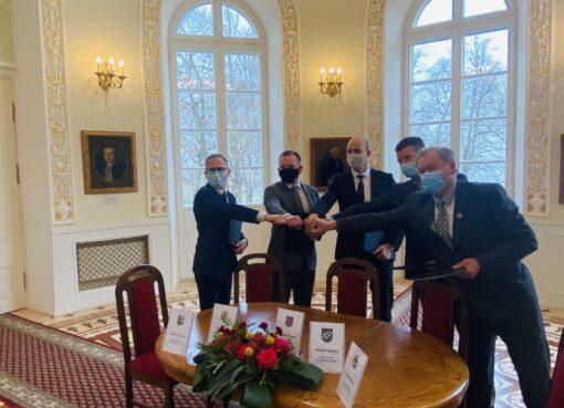 Penkių savivaldybių merai pasirašė Marijampolės regiono plėtros tarybos steigimo sutartį