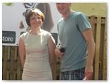 """Laikraščio """"Suvalkijos kraštas"""" direktorė Giedrė Kriščiūnienė ir turnyro organizatorius Dainius Gražulis."""