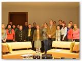 Jaukioje dvaro salėje pasimatyti su verslininku susirinko ne tik kiduliečiai, bet ir svečiai iš Jurbarko. (Autorės nuotrauka)