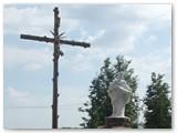 Nesvyžiaus Kristaus Kūno bažnyčios šventoriuje.