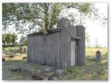 Snosiose Kalvarijos žydų kapinėse.